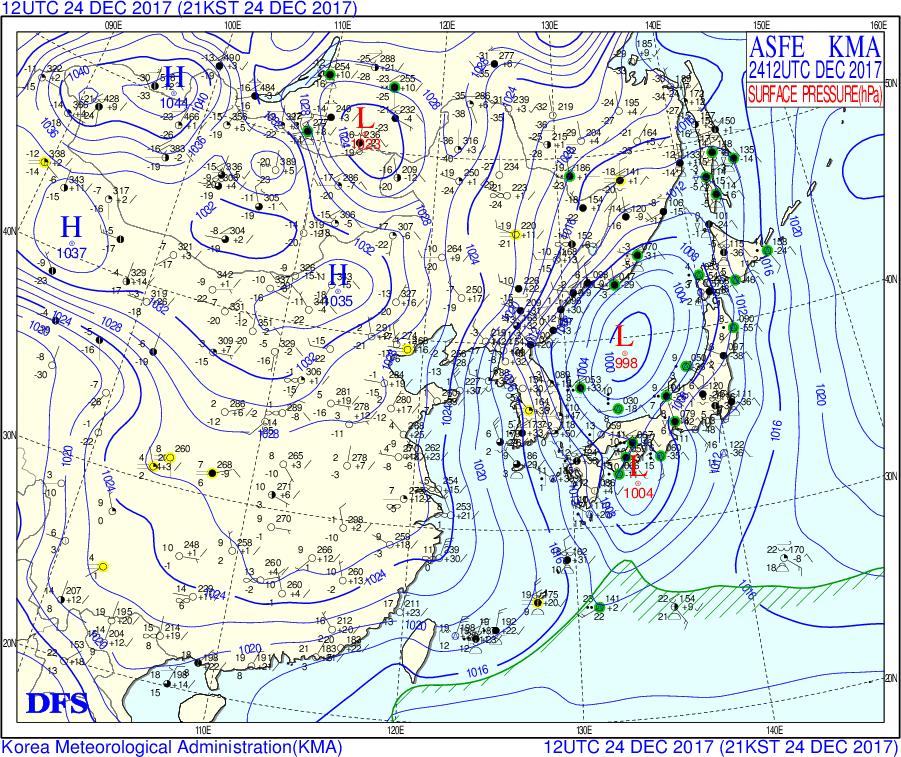 2017-12-24-12z MSLP Japan.png