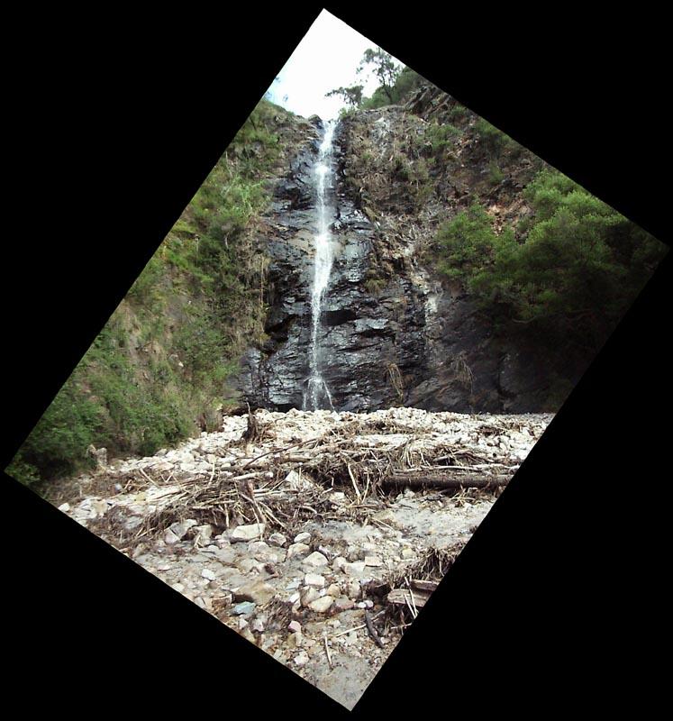 first_falls_waterfall_gully.jpg
