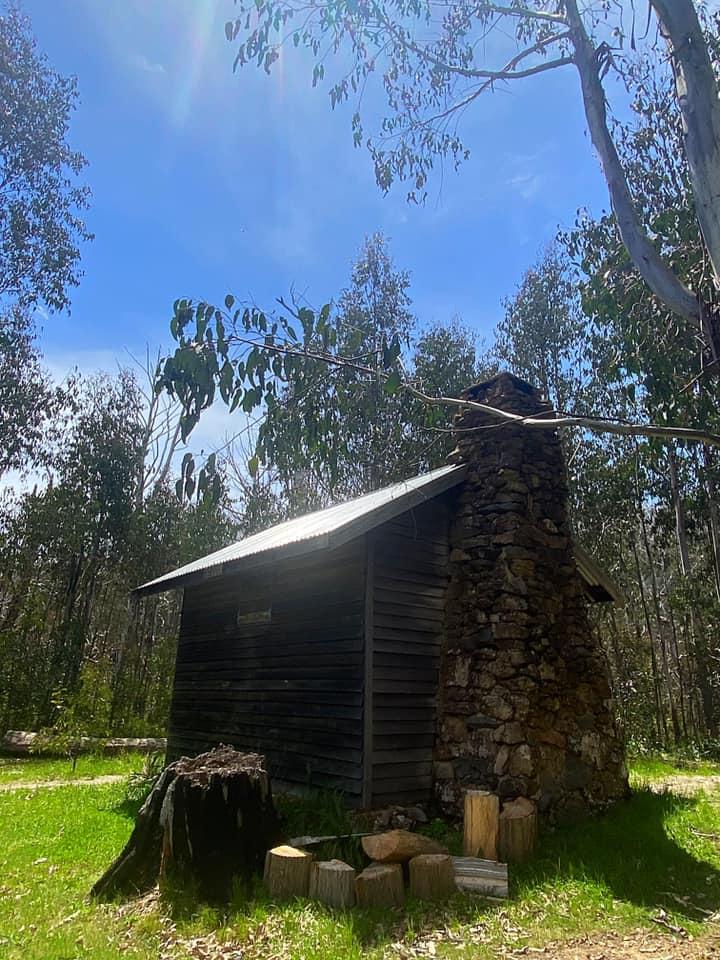 the  hut.jpg